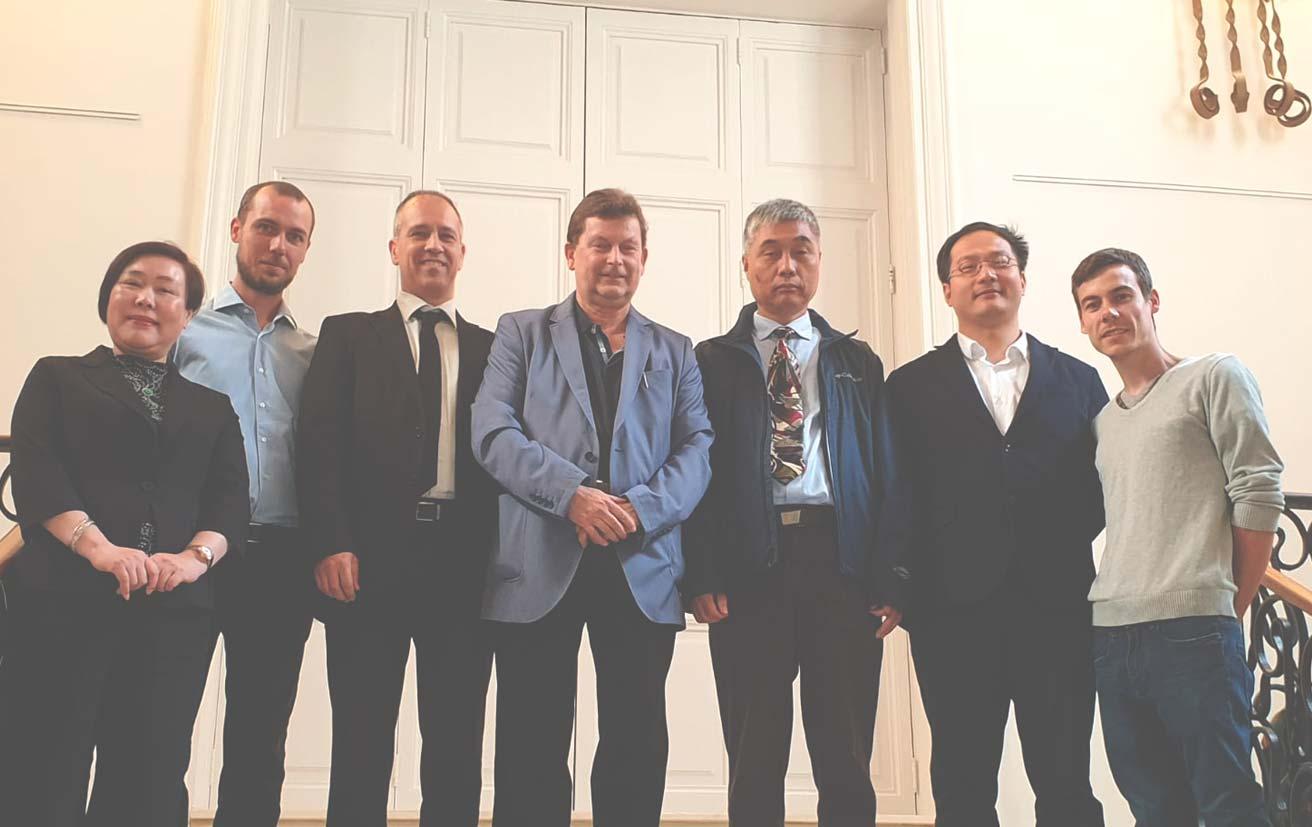 Delegación del gobierno Chino visita a ISMET
