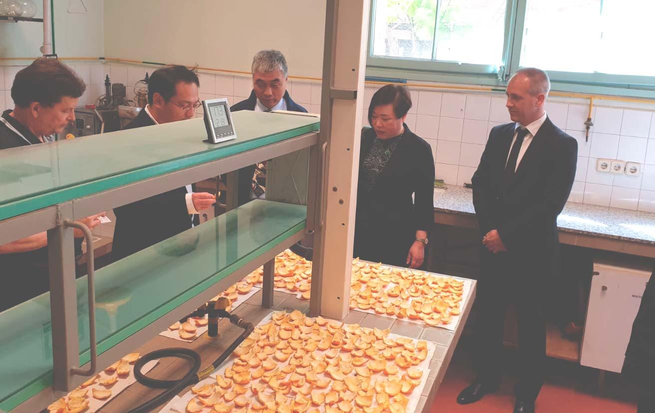 gobierno chino visita ISMET